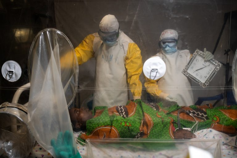 """VII Interactive: In Conversation. """"How can photographers cover the world's deadly viruses?"""" with Nichole Sobecki"""
